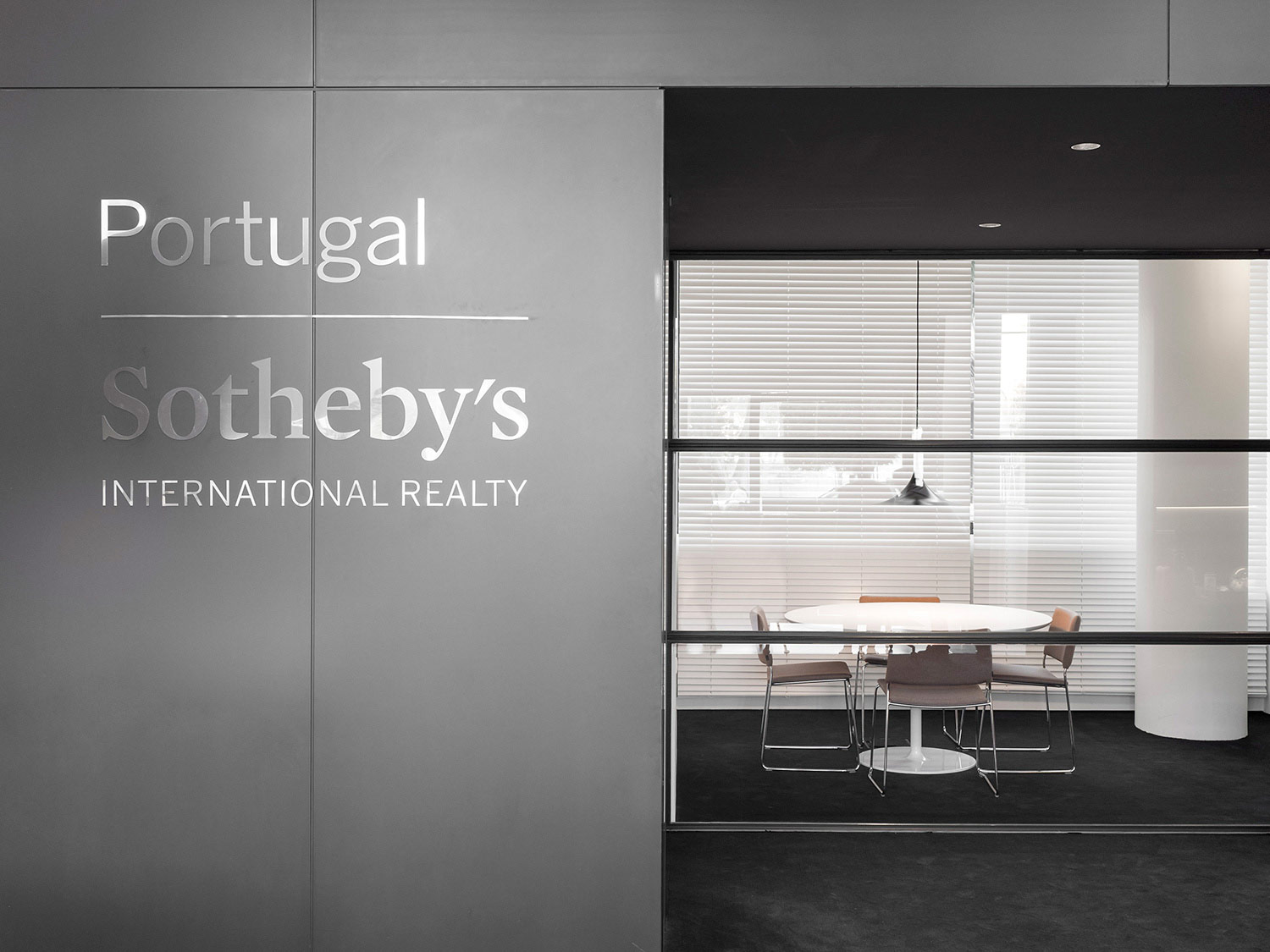 SOTHEBY'S INTERNATIONAL REALTY – ESTORIL